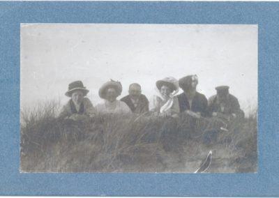 Fam-Hendriks-Mien_DuinenDuitsland_1900