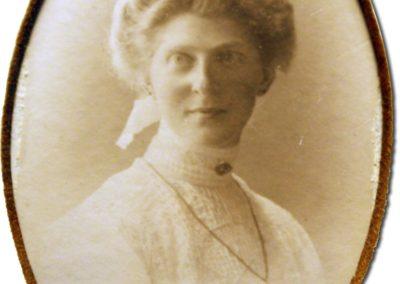HarminaHendriks_1900
